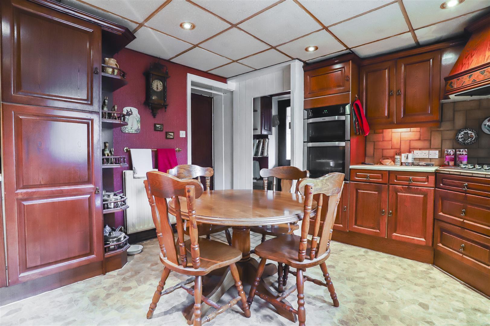 5 Bedroom Detached House For Sale - Image 29